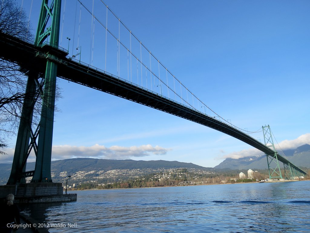 Lion's Gate Bridge at 24mm. 1/640 @ f/4.0, ISO 100